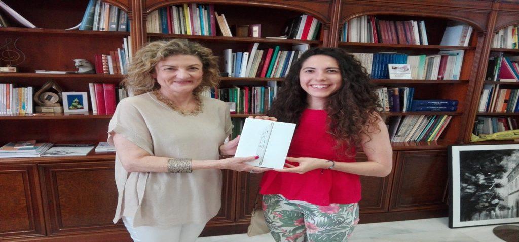 El Servicio de Extensión Universitaria entrega el premio de su Proyecto Opina