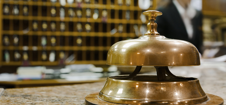 """Seminario """"Tendencias de gestión en hoteles y en alojamientos turísticos"""", en los XXIII Cursos de Otoño de la Universidad de Cádiz en Jerez de la Frontera"""