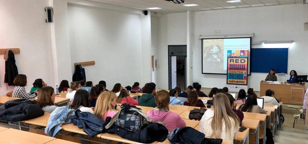 """Comienza el seminario """"Violencia de género y violencia contra la mujer"""" en los Cursos de Verano de Cádiz"""
