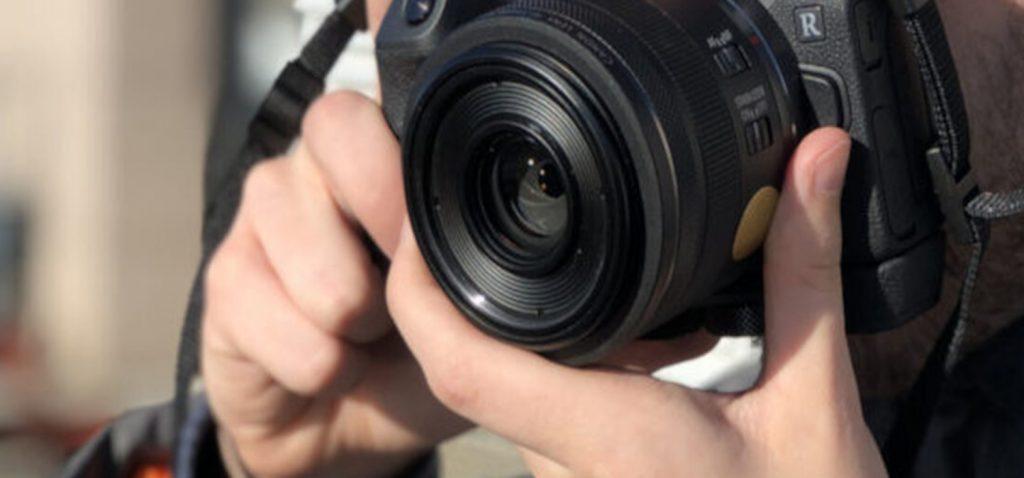 """La Escuela de Fotografía de la UCA presenta el curso """"Construir la fotografía. Técnica, narrativa y creatividad"""", en Algeciras"""