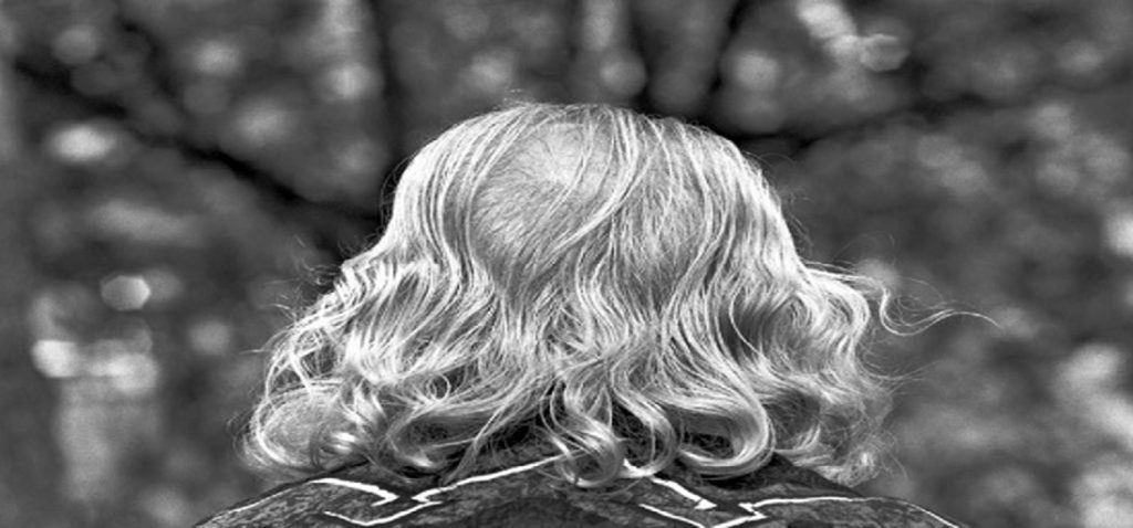 """Noticia La muestra fotográfica """"Las caras del tiempo"""" de Ricardo Martín, producida por Universidad y Ayuntamiento de Cádiz, se expone en la Sala Santa Inés de Sevilla"""