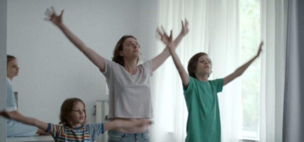 """El ciclo Campus Cinema Alcances presenta el film """"Estaba en casa pero…"""""""