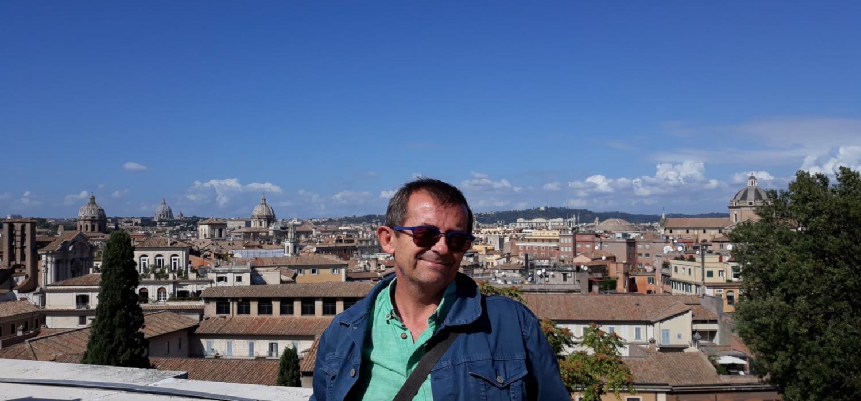 El escritor y profesor Antonio Serrano Cueto protagonizará los encuentros virtuales de Presencias Literarias en la UCA, de la mano de la presentación de su biografía de Italo Calvino