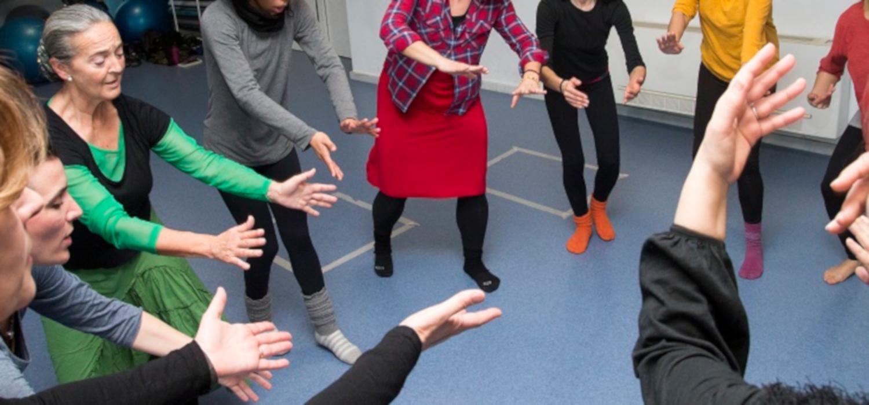 """Comienza el módulo """"Los estratos rítmicos, un legado de las culturas africanas: Elementos para una arqueodanza"""", en la Escuela de Danza de la UCA"""
