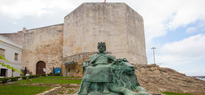 Tarifa se convierte en la propuesta inicial del programa Rutas e Itinerarios Culturales (CIR-UCA) de los vicerrectorados de Cultura e Internacionalización de la UCA para abril de 2021