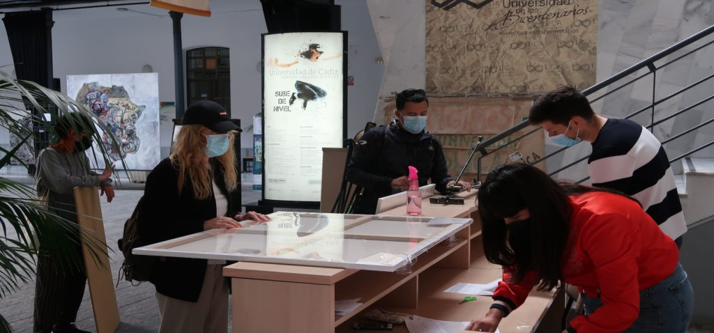 Se celebra el XXIII Premio de Pintura Rápida en la Universidad de Cádiz