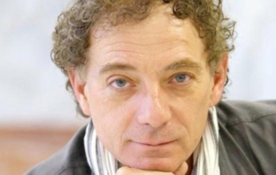 IMG El poeta, músico y grabador Juan Carlos Mestre protagonizará Presencias Literarias en Red del Servicio de Extensión Universitaria del vicerrectorado de Cultura de la UCA