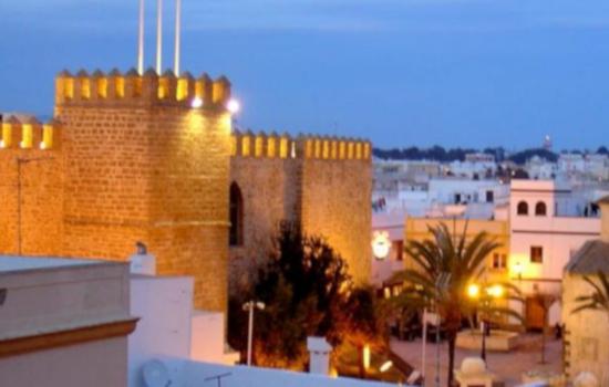 La visita a la ciudad de Rota se convierte en la tercera propuesta del programa Rutas e Itinerarios Culturales (CIR-UCA) de los vicerrectorados de Cultura e Internacionalización de la UCA para mayo de 2021