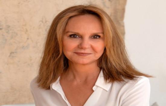 IMG La escritora María Dueñas protagonizará la conferencia inaugural de la 71ª edición de los Cursos de Verano de la UCA en Cádiz