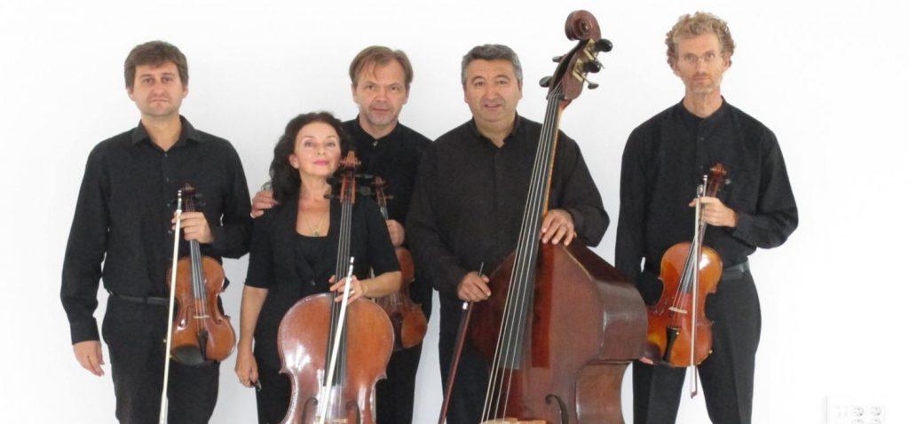 """El quinteto de cuerda Tótem Ensemble presenta en Cádiz su programa """"Bandas sonoras"""" de la mano de un Concierto de Bienvenida al nuevo curso académico 2021 / 2022"""