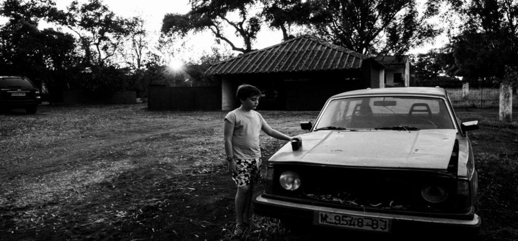 """La exposición fotográfica """"Los pecados de los otros"""", de Joaquín Zamora inaugura el curso 2021/22 en la sala Kursala del Campus de Cádiz"""